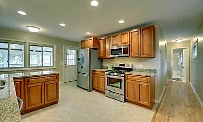 Kitchen, 4224 Edgewood Ave N, 1