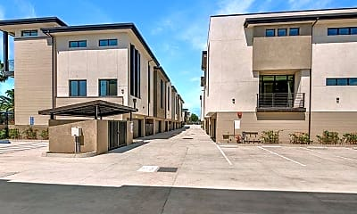 Building, 501 N Santa Anita Ave A, 2