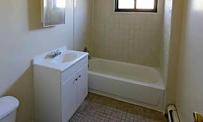 Bathroom, Laurel Gardens Apartments, 2