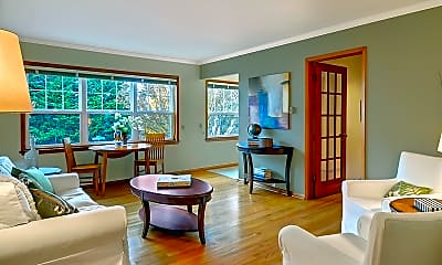 Dining Room, 6212 Phinney Ave N, 0