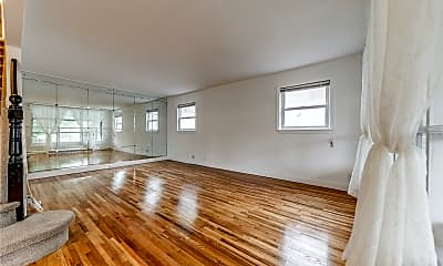 Living Room, 81-38 260th St, 1