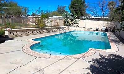 Pool, 4343 E Poe St, 2