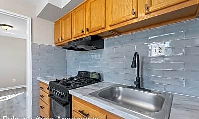 Kitchen, 50 W Broad St, 0