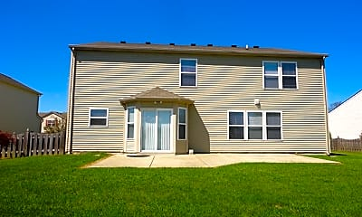 Building, 1376 Blue Ridge Lane, 2