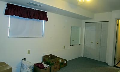 Bedroom, 13015 Fir Dr, 2
