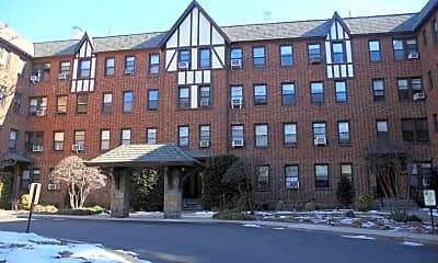 Building, 931 Palmer Rd O, 2