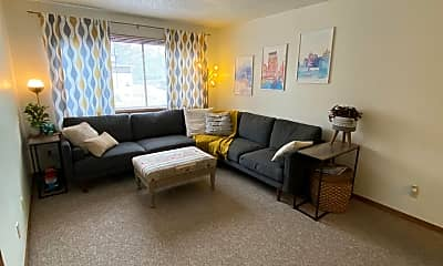 Living Room, 365 Ellis Ave, 0