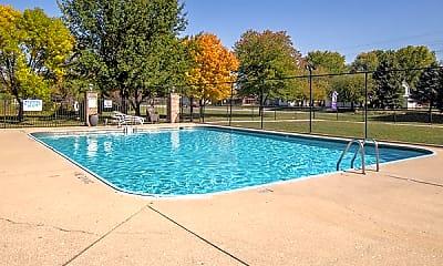Pool, Ashley Oaks, 2