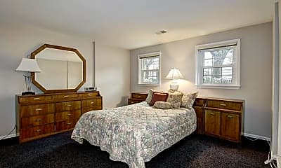 Bedroom, Fox Lake Dr, 1