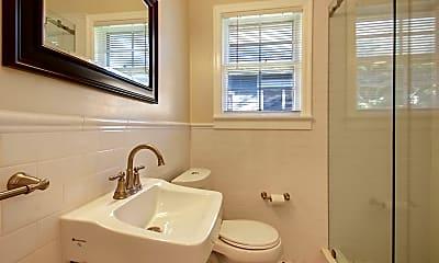 Bathroom, 1215 Hubbard St, 2