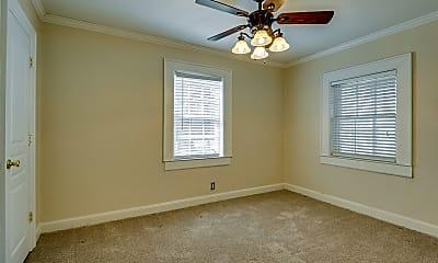 Bedroom, 3101 River Dr, 2