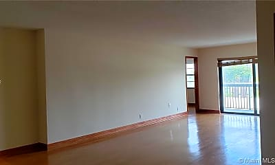 Living Room, 1301 NE 7th St 415, 0