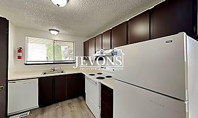 Kitchen, 1508 W Mead Ave, 1