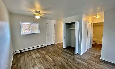 Living Room, 512 Washtenaw Ave, 1