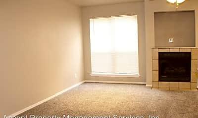 Living Room, 306 W K St, 1