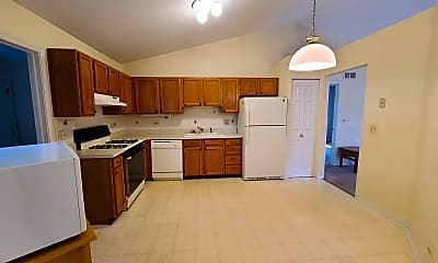 Kitchen, 525 Old Country Way, 1
