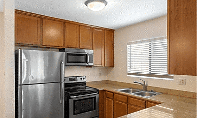 Kitchen, 830 W Lincoln Ave, 0