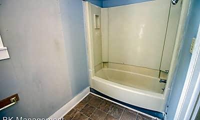 Bathroom, 128 E Oak St, 2