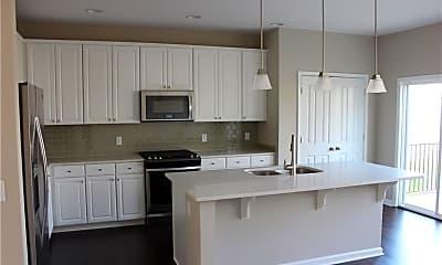 Kitchen, 13069 Raritan Dr, 1