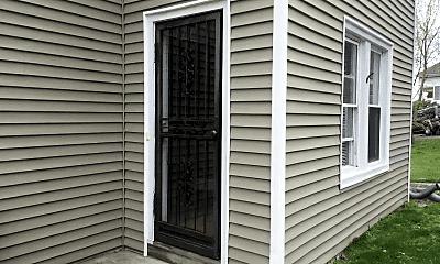 Patio / Deck, 118 Knollwood Rd, 1