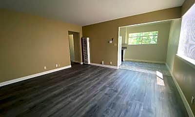 Living Room, 1623 Ontario Dr, 0