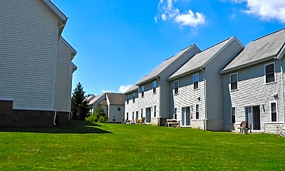 Building, Meetinghouse Apartments and Townhouses, 1