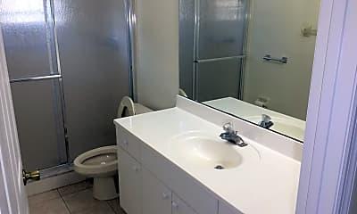 Bathroom, 2421 Omaha Dr, 2