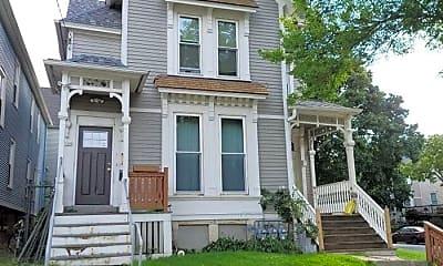 Building, 303 E Lloyd St, 0