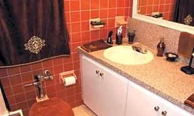 Tropicana Apartments, 2
