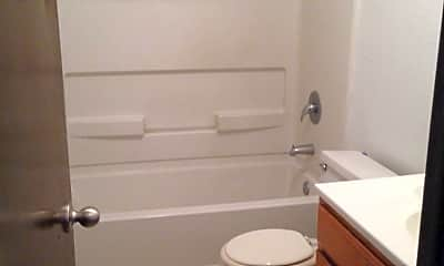 Bathroom, 411 15th Ave NE, 2