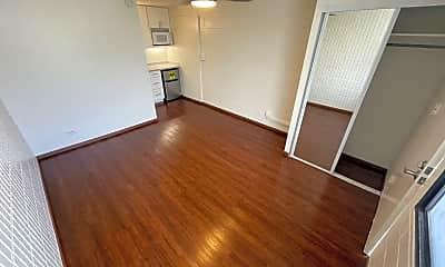 Living Room, 1301 Lusitana St, 1