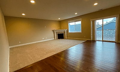 Living Room, 16991 NW Madrone St, 1