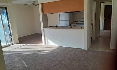 Building, 21641 Hillside, 1