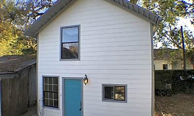 Building, 3407 White Oak Dr, 1