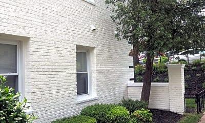 Building, 86 Webster St NE, 0