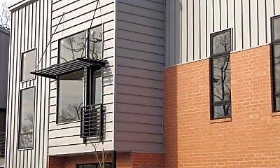 Building, 465 S Locust Ave, 0