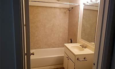 Bathroom, 5968 Park Ave, 2