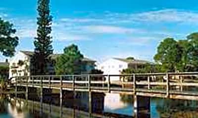 The Pines Resort, 1