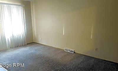 Bedroom, 2112 Melrose Ct, 1