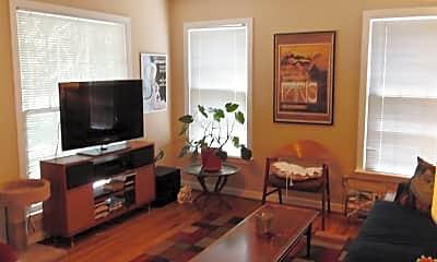 Living Room, 2300 Mistletoe Blvd, 1