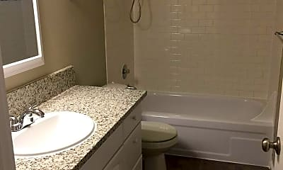 Bathroom, 502 NE 78th Ave, 2