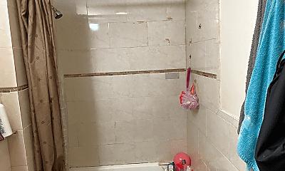 Bathroom, 42 Falcon St, 1