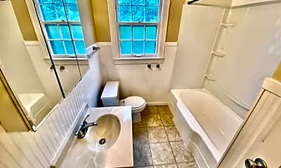 Bathroom, 2517 Adams Ave, 2