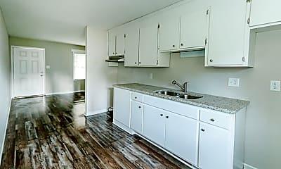 Kitchen, 670 Paul St, 0