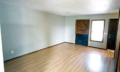 Living Room, 1804 Southcrest Dr, 1