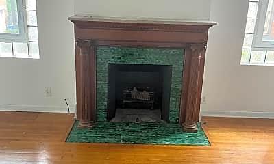 Living Room, 229 S Fairmount St, 1