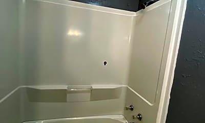 Bathroom, 2324 Weaver St, 2