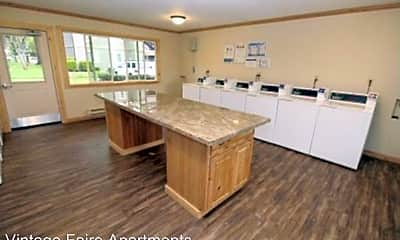 Kitchen, 11070 Hirschfeld Way, 2