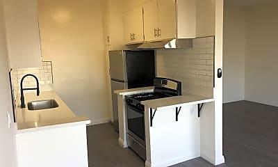 Kitchen, 1051 N Ogden Dr, 0