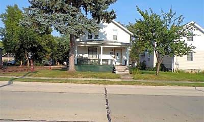 Building, 1010 Wisconsin St, 0